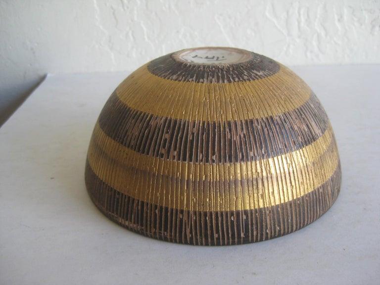 Aldo Bitossi Italian Pottery Ceramic Gold Seta Sgraffito Bowl Signed Italy 1960s For Sale 5
