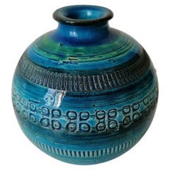 Aldo Lodi and Flavia Montelupo Bitossi Rimini Blue Vase
