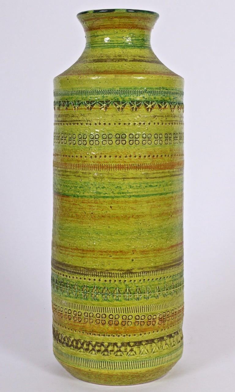 Mid-Century Modern Aldo Londi Bitossi for Rosenthal Netter Incised Spring Green Ceramic Vase For Sale