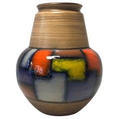 Aldo Londi, Bitossi, Italy, Midcentury Vetrata Series Ceramic Shaped Vase, 1960s