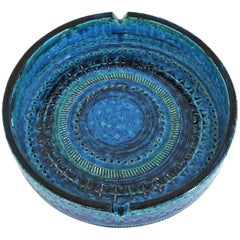 Aldo Londi Bitossi Rimini Blu Glazed Ceramic Large Circular Ashtray, Italy 1960s