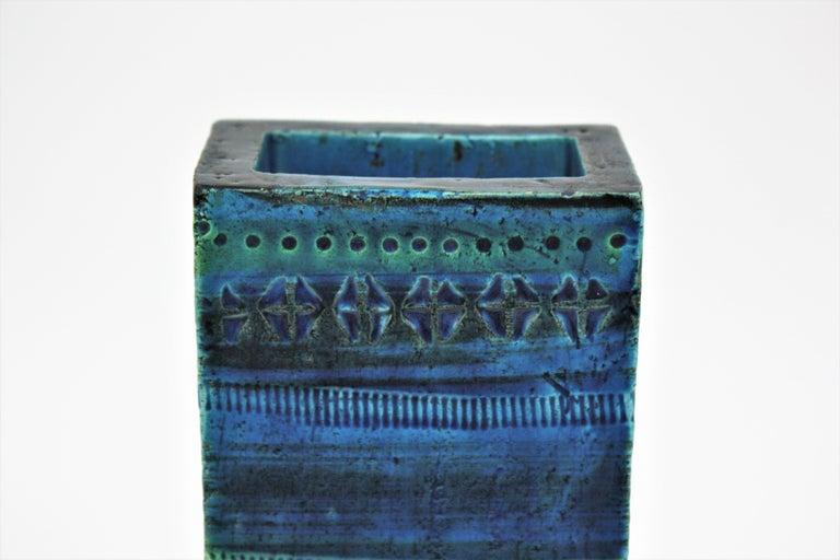 20th Century Aldo Londi Bitossi Rimini Blue Glazed Ceramic Rectangular Vase For Sale