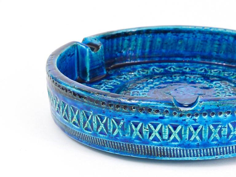 Aldo Londi Bitossi Very Large Round Rimini Blue Glazed Midcentury Ashtray, 1950s For Sale 5