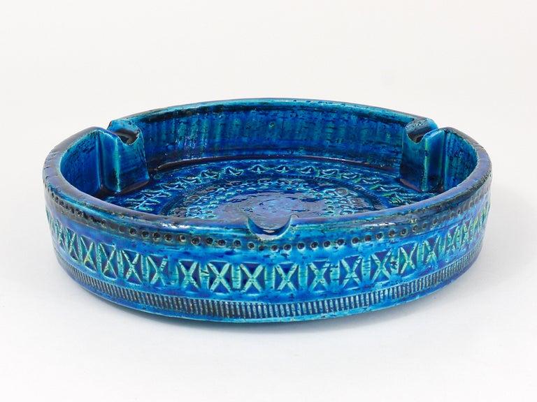 Aldo Londi Bitossi Very Large Round Rimini Blue Glazed Midcentury Ashtray, 1950s For Sale 6
