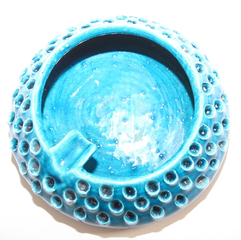 Italian Aldo Londi for Bitossi Blue Ceramic Ashtray Handcrafted in Italy For Sale
