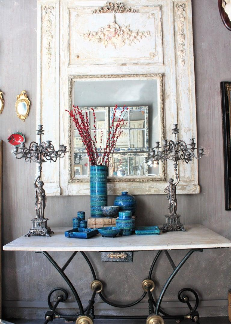 Aldo Londi for Bitossi Circles & Rhombus Design Blue Ceramic Footed Vase, 1960s For Sale 4