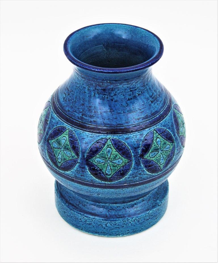 Glazed Aldo Londi for Bitossi Circles & Rhombus Design Blue Ceramic Footed Vase, 1960s For Sale