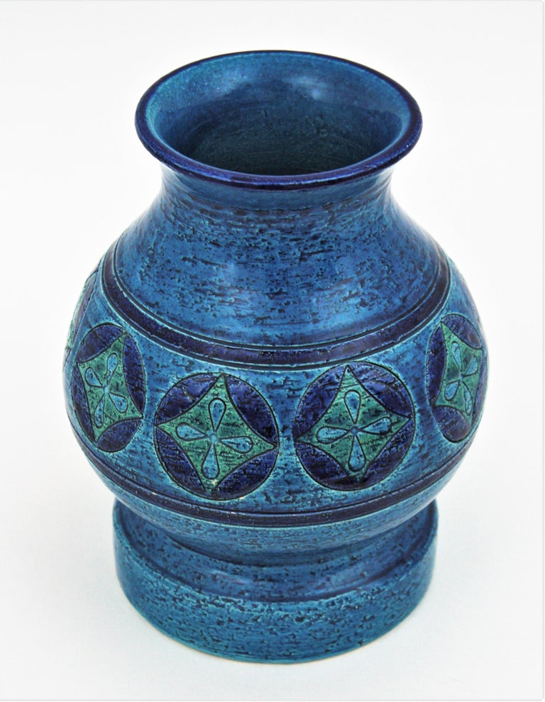 Aldo Londi for Bitossi Circles & Rhombus Design Blue Ceramic Footed Vase, 1960s For Sale 1