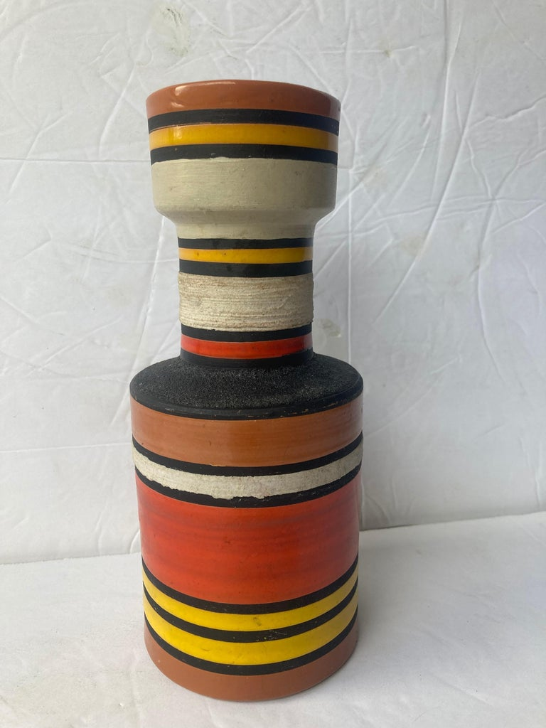 Hand-Crafted Aldo Londi for Bitossi, Raymor Cambogia Pottery/Ceramic Vase For Sale