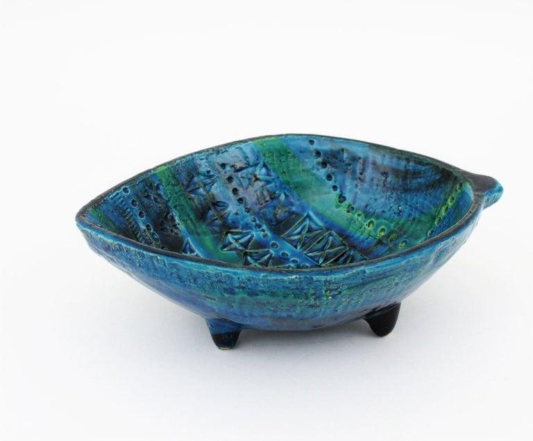 Aldo Londi for Bitossi Rimini Blu Leaf Shaped Glazed Ceramic Bowl / Ashtray For Sale 3