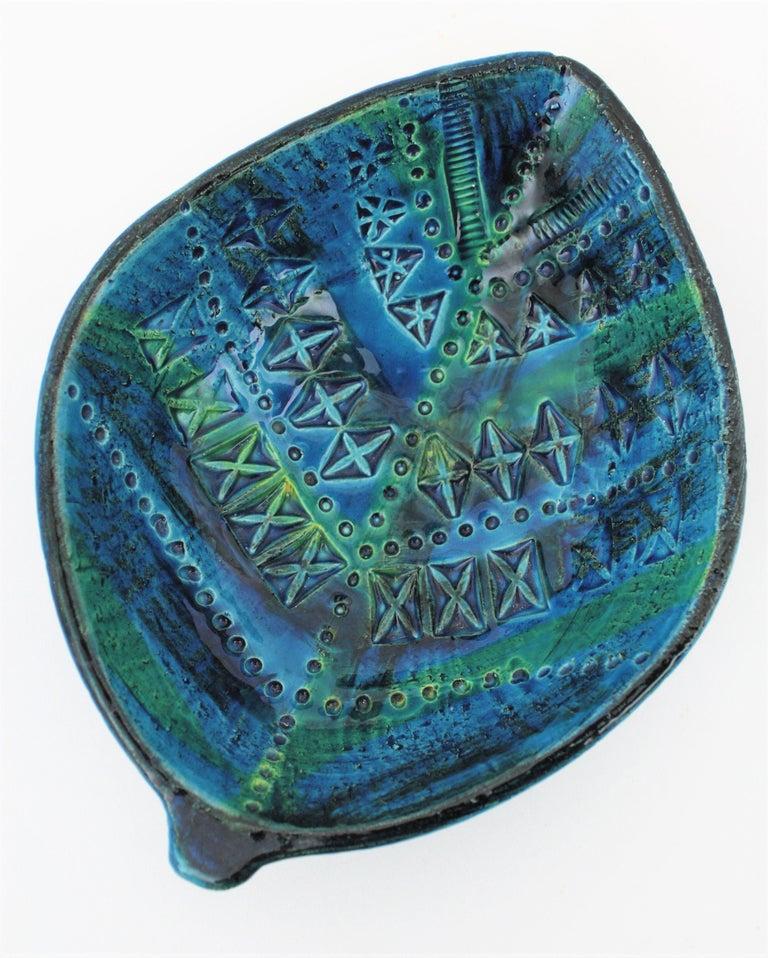Pottery Aldo Londi for Bitossi Rimini Blu Leaf Shaped Glazed Ceramic Bowl / Ashtray For Sale