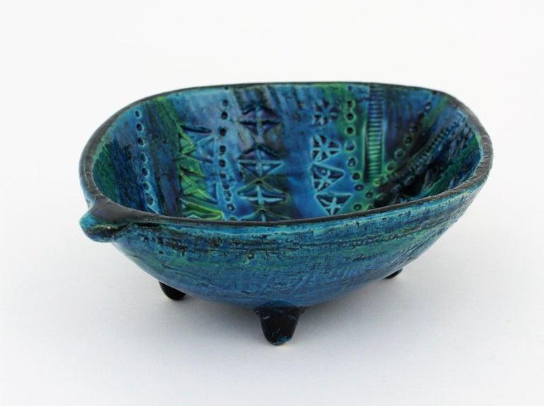 Aldo Londi for Bitossi Rimini Blu Leaf Shaped Glazed Ceramic Bowl / Ashtray For Sale 1