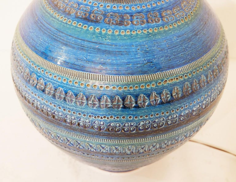 Italian Aldo Londi for Bitossi 'Rimini Blue' Pottery Table Lamp, 1960s For Sale