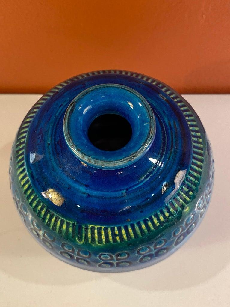 Mid-Century Modern Aldo Londi for Bitossi Round Vase in Rimini Blue For Sale