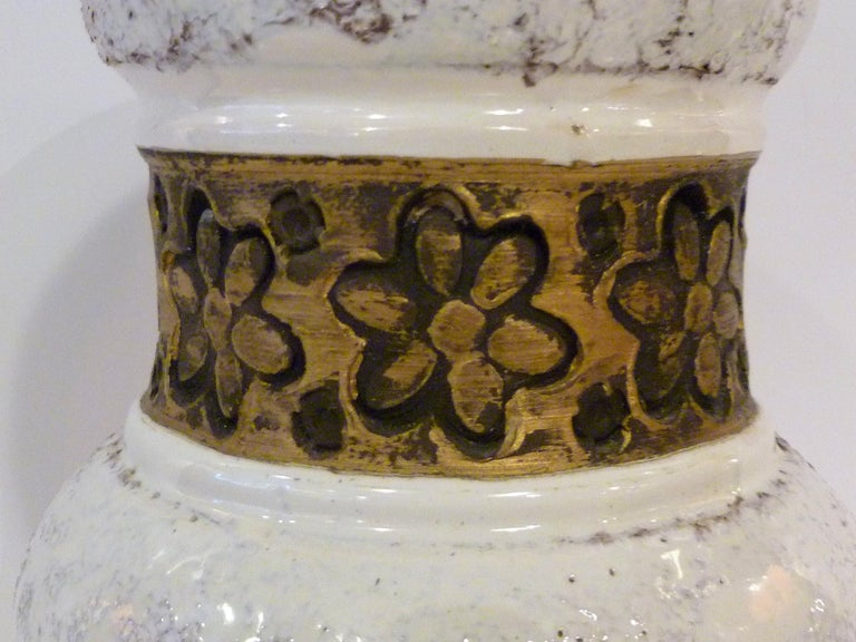 Aldo Londi for Rosenthal Netter Bitossi Modern Textured Pottery Vase Italy 1960s In Good Condition For Sale In Miami, FL