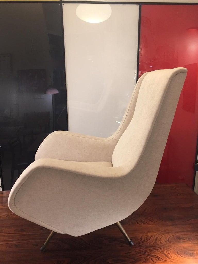 Aldo Morbelli Mid-Century Modern Pair of Light Beige Armchairs For Sale 2