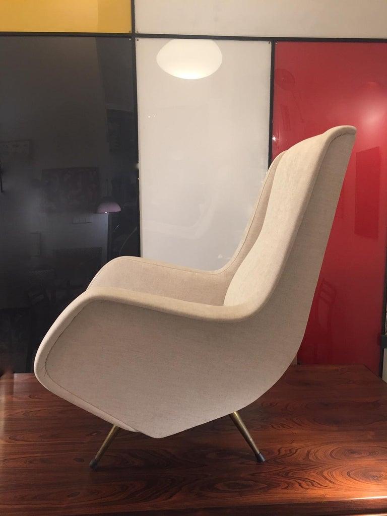 Aldo Morbelli Mid-Century Modern Pair of Light Beige Armchairs For Sale 3
