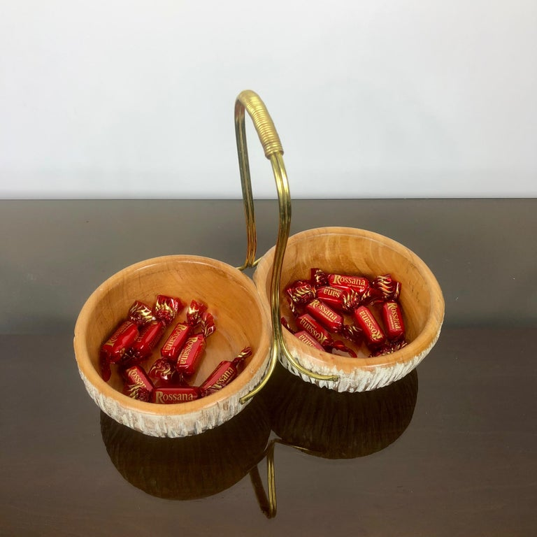 Italian Aldo Tura Macabo Walnut Bowl Basket Centrepiece Hand Carved Wood and Brass Italy For Sale