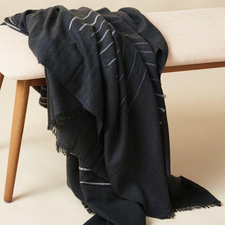 Hand-Woven  Alei Black & Grey  Handloom Throw / Blanket In Stripes Pattern  For Sale