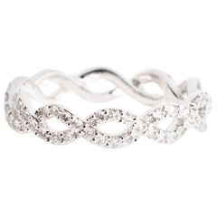 Alessa Infinity Pave Ring 18 Karat White Gold Essentials Collection
