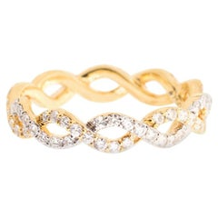 Alessa Infinity Pave Ring 18 Karat Yellow Gold Essentials Collection