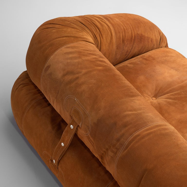 Mid-Century Modern Alessandro Becchi for Giovanetti 'Anfibio' Sofa in Cognac Leather For Sale