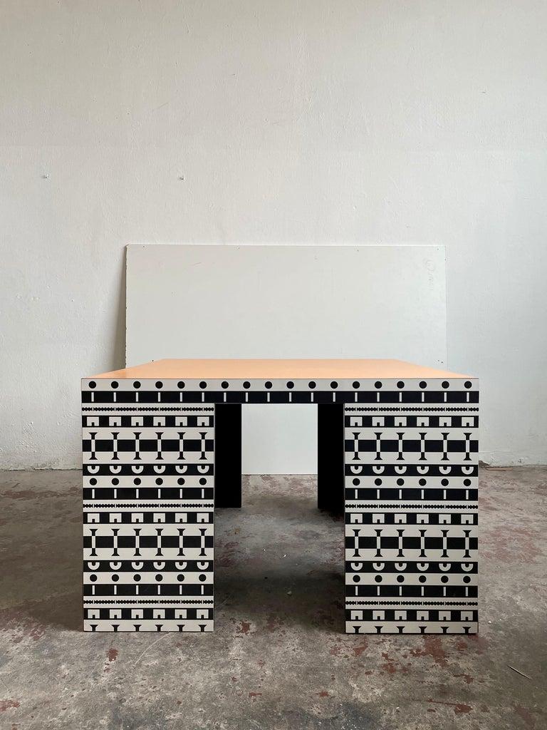 Alessandro Mendini and A. Guerriero, Table and Chairs 'Ollo', Studio Alchimia In Fair Condition For Sale In Zagreb, HR