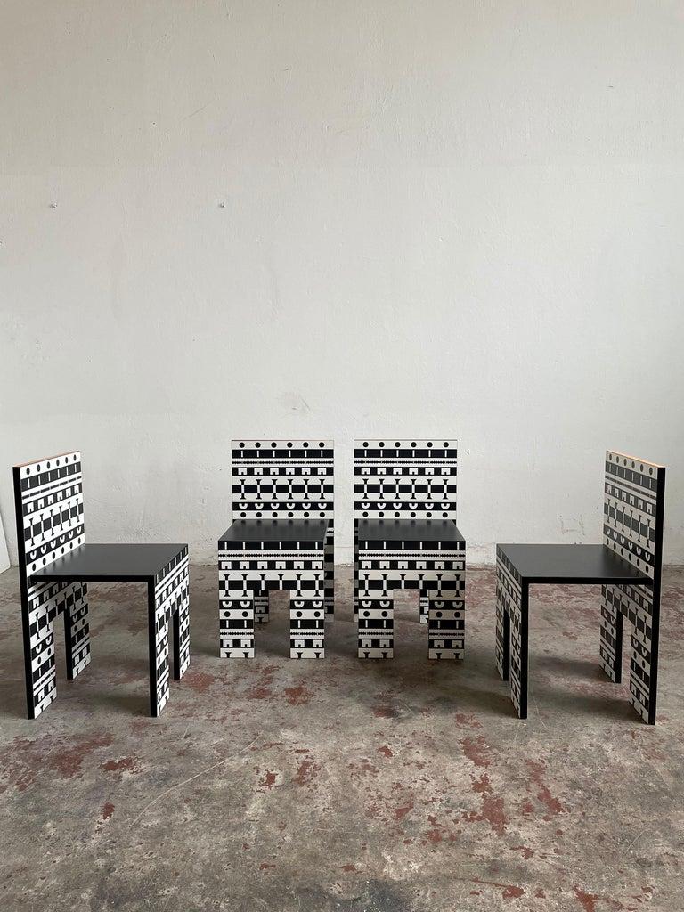 20th Century Alessandro Mendini and A. Guerriero, Table and Chairs 'Ollo', Studio Alchimia For Sale