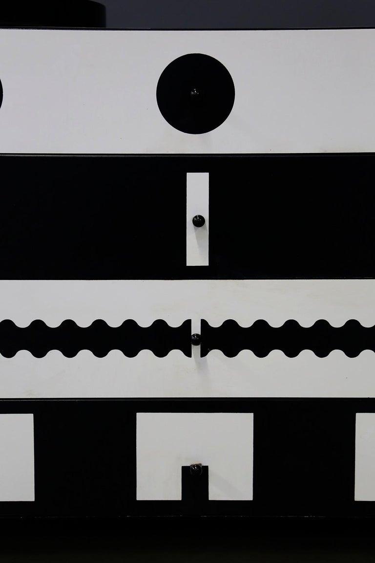 Alessandro Mendini Dresser Collection Ollo Black  White for Alchimia Design 1980 For Sale 3