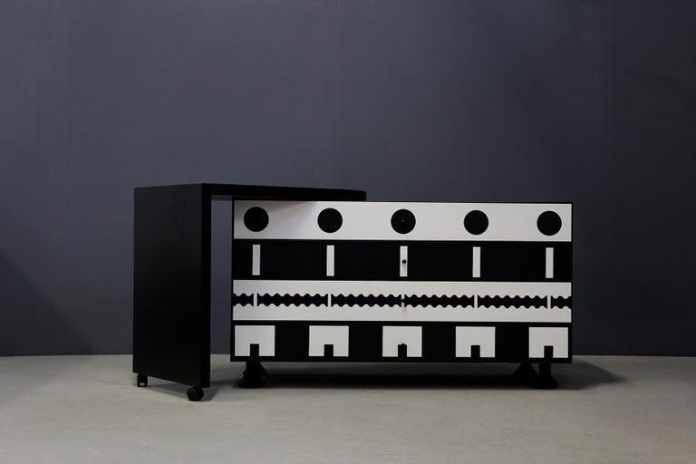 Italian Alessandro Mendini Dresser Collection Ollo Black  White for Alchimia Design 1980 For Sale