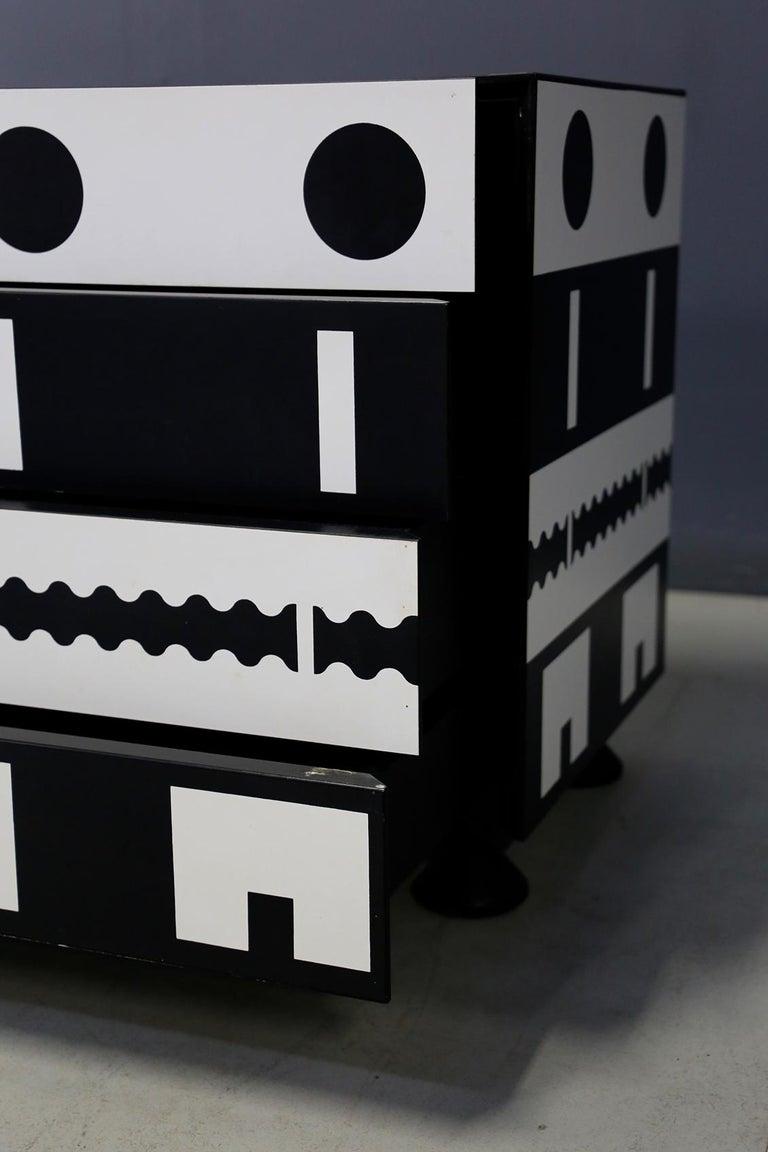 Late 20th Century Alessandro Mendini Dresser Collection Ollo Black  White for Alchimia Design 1980 For Sale