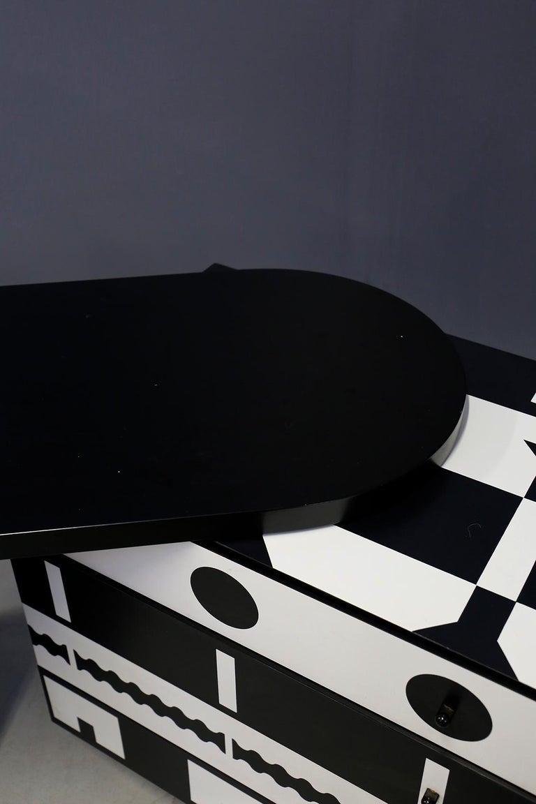 Laminate Alessandro Mendini Dresser Collection Ollo Black  White for Alchimia Design 1980 For Sale