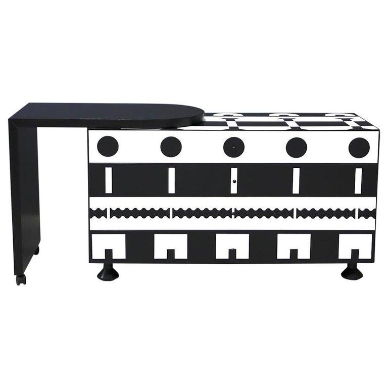Alessandro Mendini Dresser Collection Ollo Black  White for Alchimia Design 1980 For Sale