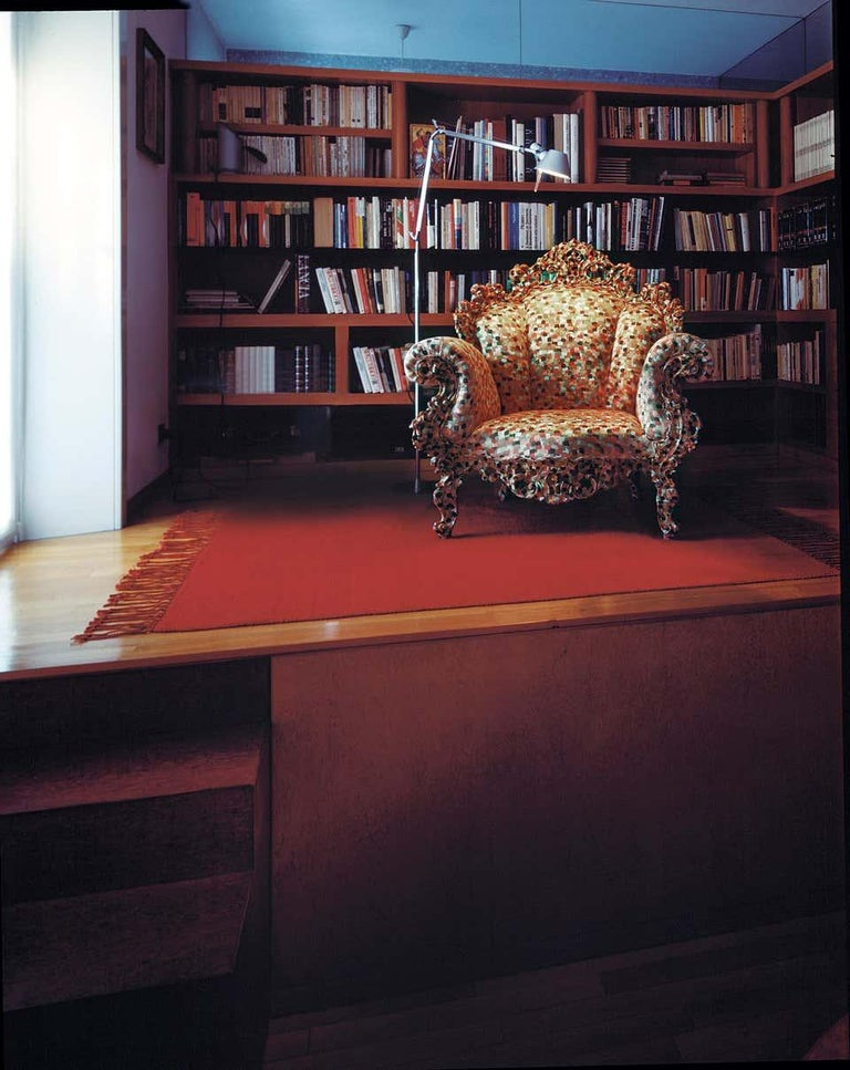 One of the most acclaimed design pieces in the world, the Proust armchair by Alessandro Mendini was launched in 1978, when it was used to furnish the Palazzo dei Diamanti, in Ferrara during an exhibition entitled 'œIncontriravvicinati di