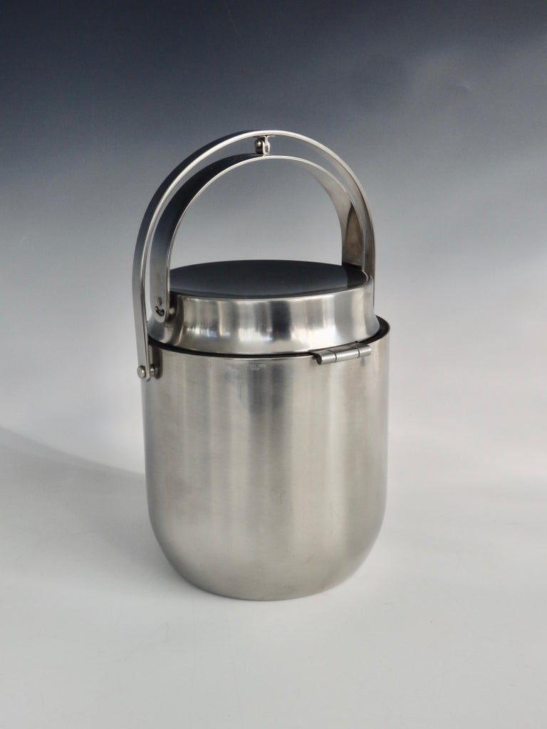 Alessi Italy Stainless Steel Ice Bucket with Mechanical Lid In Good Condition For Sale In Ferndale, MI