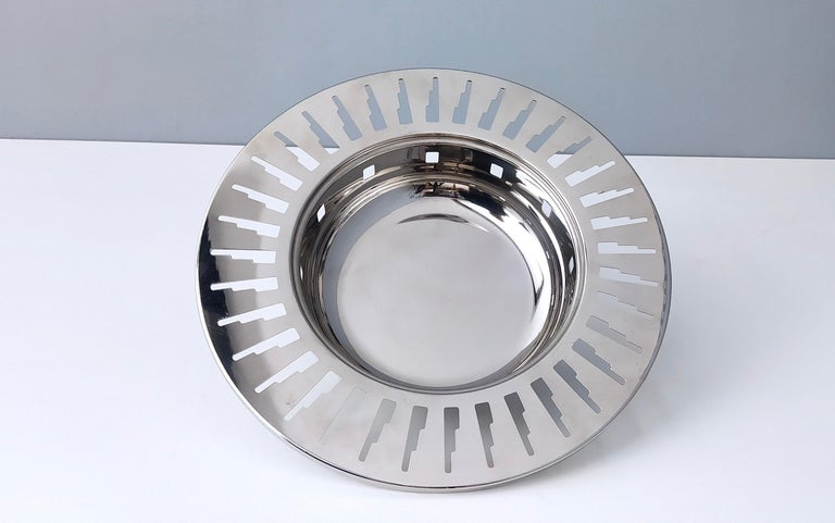 Alessi Stainless Steel Cutout Skyscraper Footed Bowl or Centerpiece, Italy 1990s For Sale 1