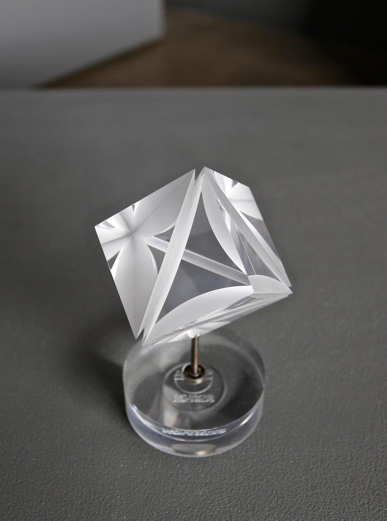 Alessio Tasca Acrylic Prism Sculpture for Fusina, circa 1970 In Good Condition For Sale In Costa Mesa, CA