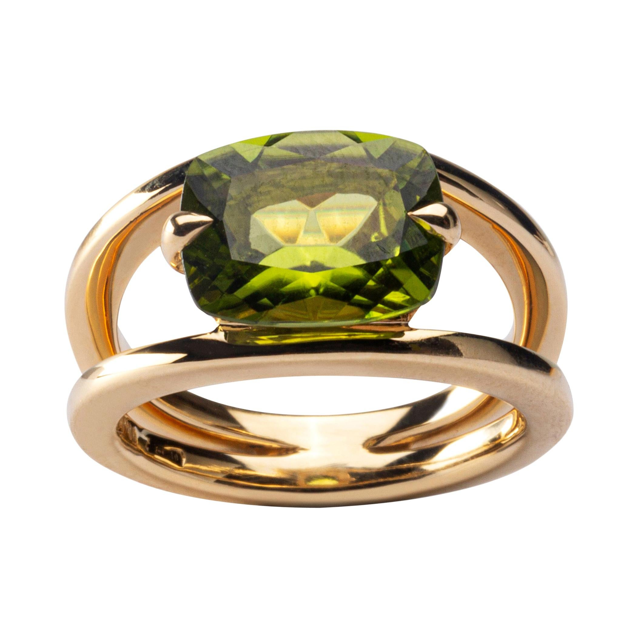 Alex Jona Peridot 18 Karat Yellow Gold Solitaire Ring