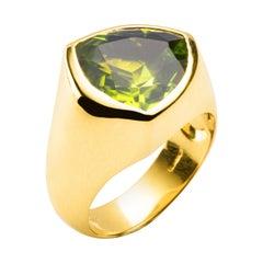 Alex Jona Trillion Cut Peridot 18 Karat Yellow Gold Ring