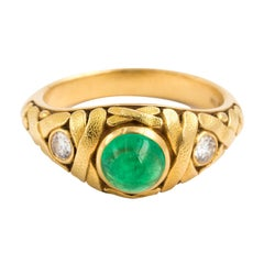Alex Sepkus 18 Karat Yellow Gold Emerald Cabochon Crisscross Ring