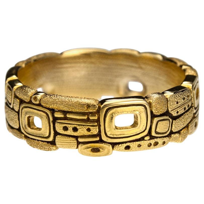 "Alex Sepkus ""Stone Barn"" Band Ring in 18 Karat Yellow Gold"