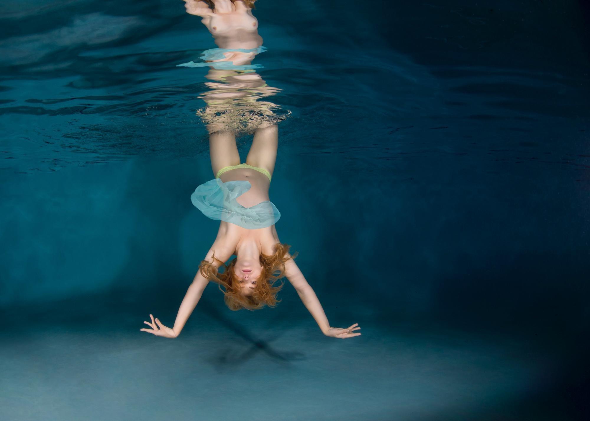 Circus - underwater photograph - print on aluminum