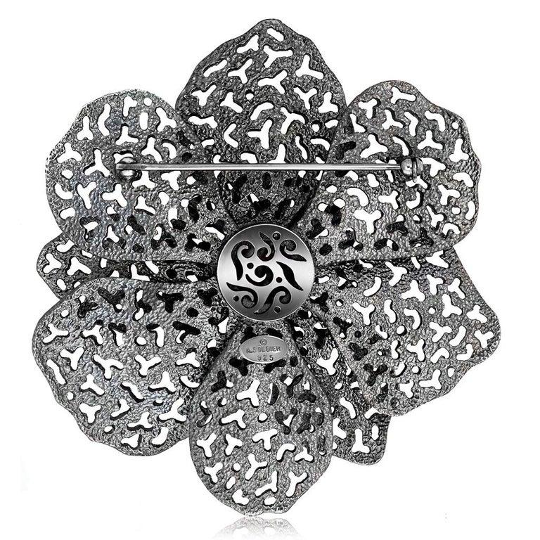 Round Cut Alex Soldier Agate Garnet Sterling Silver Textured Brooch Pendant Headpiece For Sale