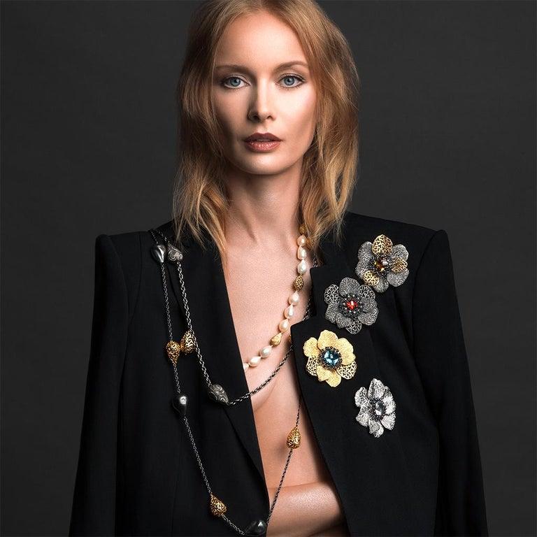 Women's or Men's Alex Soldier Agate Garnet Sterling Silver Textured Brooch Pendant Headpiece For Sale