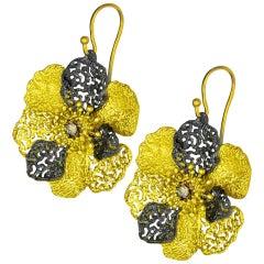 Alex Soldier Diamond 18 Karat Gold Hand-Textured Coronaria Earrings