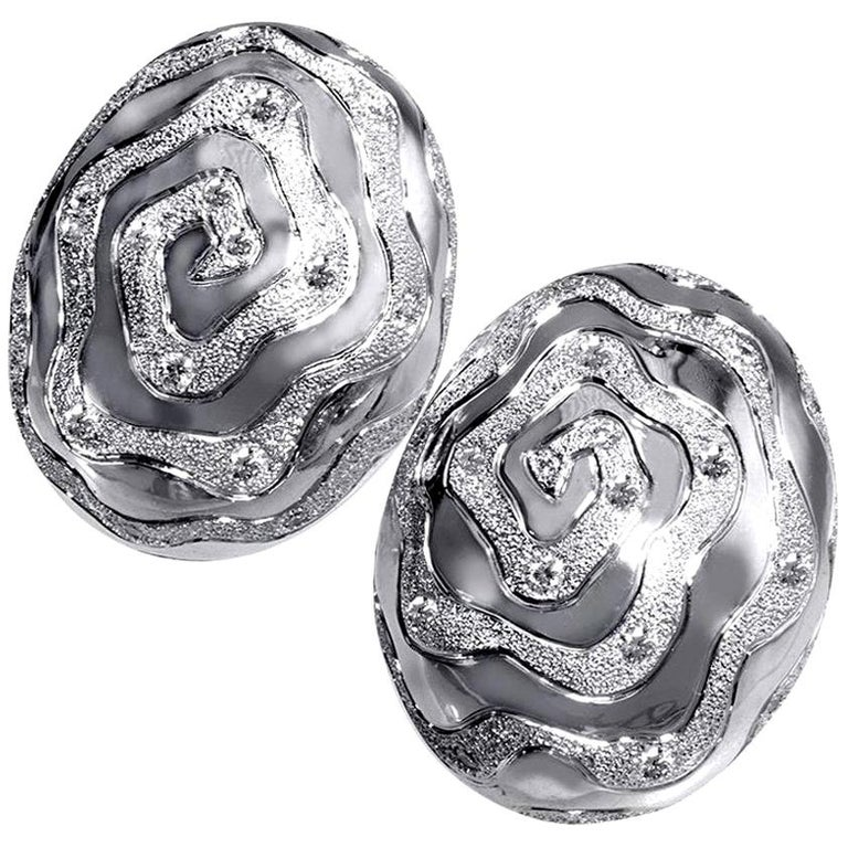 Alex Soldier Diamond 18 Karat Gold Textured Earrings Cufflinks One of a Kind For Sale