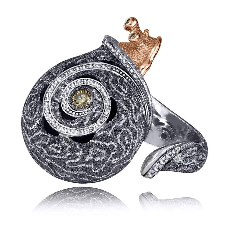 Alex Soldier Diamond 18k Gold Sterling Silver Hand-Textured Codi the Snail Ring In New Condition In New York, NY