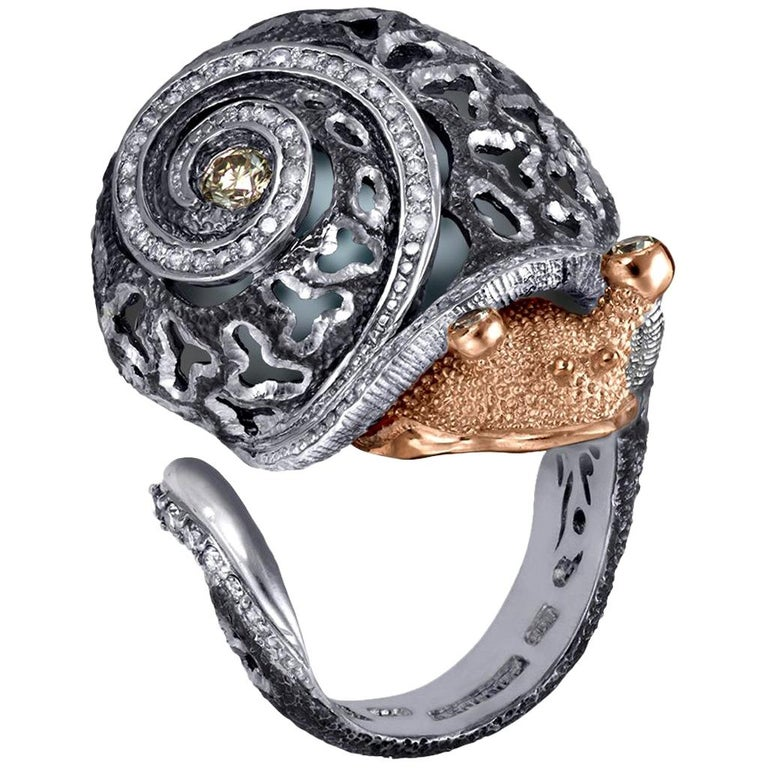 Round Cut Alex Soldier Diamond Gold Sterling Silver Textured Signature Codi the Snail Ring For Sale