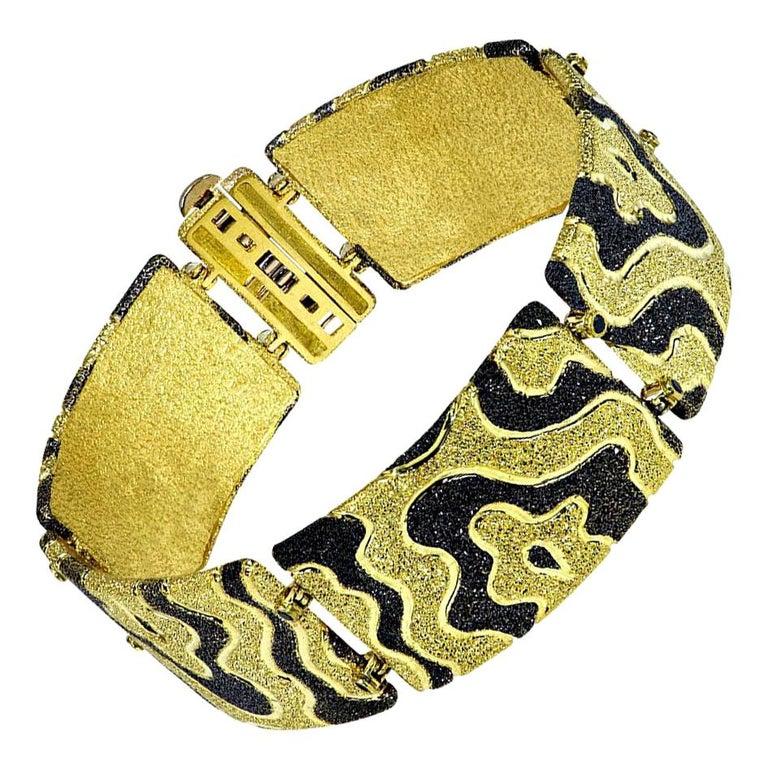 Alex Soldier Diamond Gold Textured Cora Link Bracelet One of a Kind For Sale
