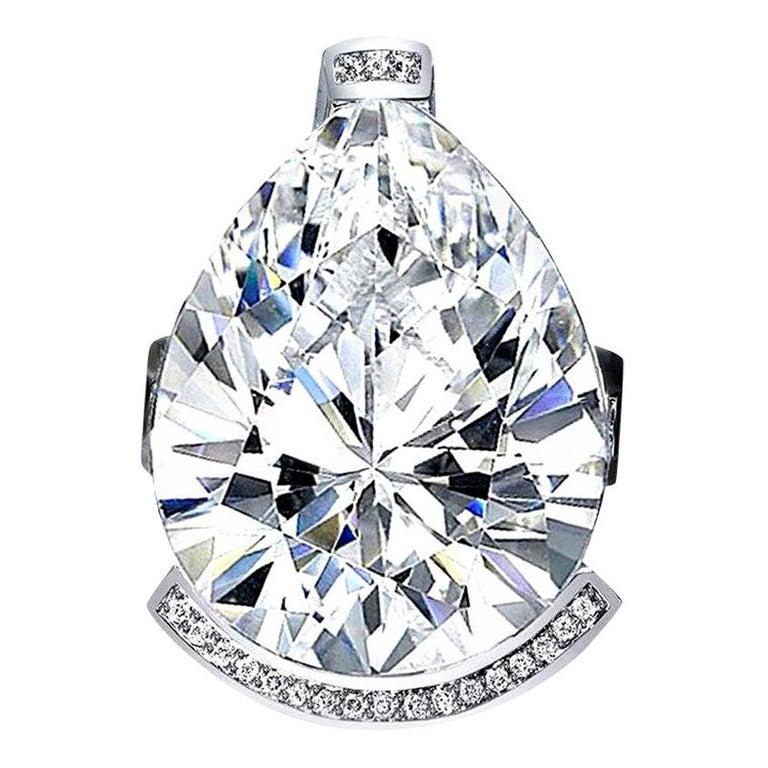 Alex Soldier Diamond Quartz Gold Textured Swan Ring as Seen on Elizabeth Hurley For Sale
